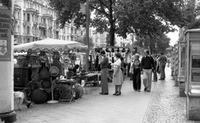 Markt am Kurfürstendamm in Berlin, 1976 Juergen/Timeline Images