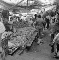 Markt in Mexiko, 1973 hwh089/Timeline Images