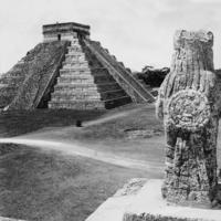 Maya-Pyramide in Chichén Itzá Timeline Classics/Timeline Images