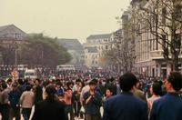 Menschen in Wuhan, China, 1985 RalphH/Timeline Images