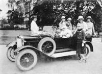 Mitglieder des Damenautomobilclubs in Berlin, 1926 Timeline Classics/Timeline Images