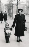 Mutter und Tochter, 1950/51 meing/Timeline Images