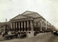 Nationaltheater in München am 12.03.1911 Timeline Classics/Timeline Images