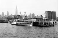 New York am Hudson im Morgenlicht, 1962 Juergen/Timeline Images