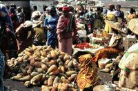 Obstmarkt in Accra, 1971 Czychowski/Timeline Images