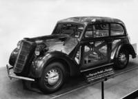 Opel 'Olympia'-Limousine, 1937 Timeline Classics/Timeline Images