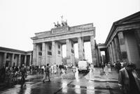 Pariser Platz, Brandenburger Tor Winter/Timeline Images