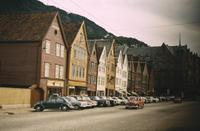 Parkende Autos in Bergen, 1966 HRath/Timeline Images