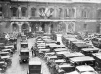 Parkplatz vor der Royal Academy of Arts in London, 1934 Timeline Classics/Timeline Images