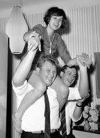 Party im Seebad. 1966 Juergen/Timeline Images