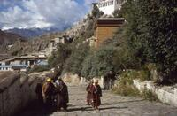 Pilger in Lhasa in Tibet, 1986 RalphH/Timeline Images