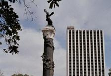 Plaza Centenario in Guayaquil, 1981 Czychowski/Timeline Images