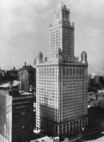 Pure Oil Building in Chicago, 1927 Timeline Classics/Timeline Images