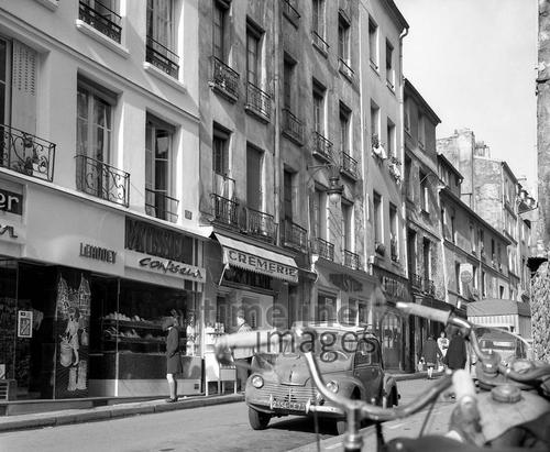 Rue Mouffetard in Paris, 1967 Juergen/Timeline Images