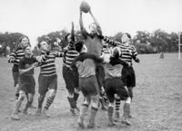 Rugby-Derby in Berlin, 1932 Timeline Classics/Timeline Images