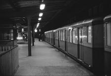 S-Bahnübergabe DR - BVG in West Berlin Winter/Timeline Images