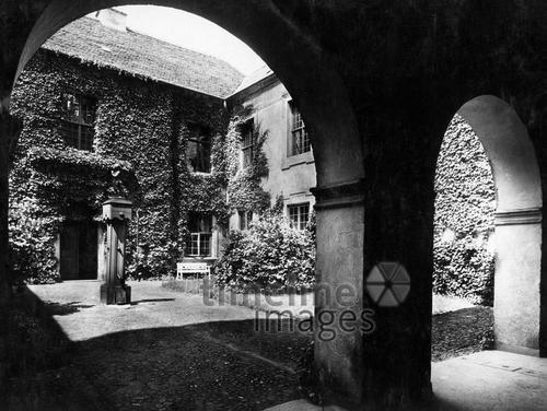 Schloss Lagow bei Schwiebus, 1930 Timeline Classics/Timeline Images