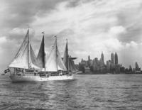 "Schulschiff ""Albatros"" in New York, 1937 Timeline Classics/Timeline Images"