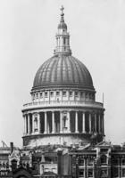 St. Pauls Cathedral in London, 1932 Timeline Classics/Timeline Images