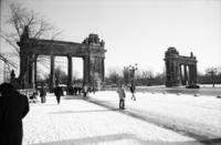 Stadttor Charlottenburg Winter/Timeline Images