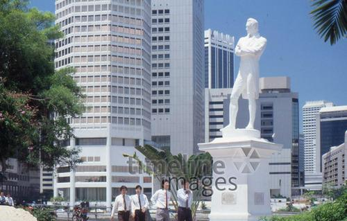 Stamford Raffles Statue in Singapur, 1988 RalphH/Timeline Images