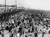 Strand in Coney Island, 1926 Timeline Classics/Timeline Images
