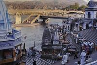 Szenerie in Haridwar am Ganges, 1976 hwh089/Timeline Images