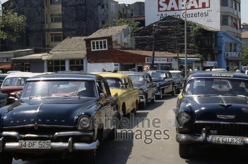 Taxen in Istanbul, 1987 RalphH/Timeline Images