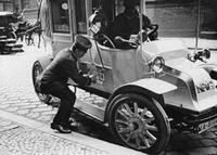 Taxi in Berlin, 1911 Timeline Classics/Timeline Images