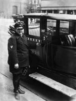 Taxifahrerin, 1929 Timeline Classics/Timeline Images