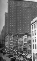 The Commodore Hotel, New York, 1928 Timeline Classics/Timeline Images