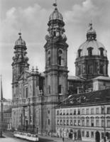 Theatinerkirche in München, um 1935 RainerA/Timeline Images