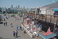Touristen bei Fisherman's Wharf in San Francisco, 1992 Raigro/Timeline Images