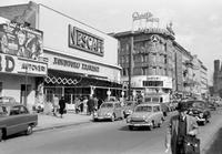 Verkehr am Kurfürstendamm in Berlin, 1954 Juergen/Timeline Images
