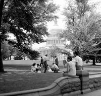 Vor dem Kapitol in Washington D.C., 1962 Juergen/Timeline Images