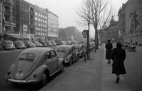 VW Käfer in Westberlin, 1938 Joachim Krack/Timeline Images