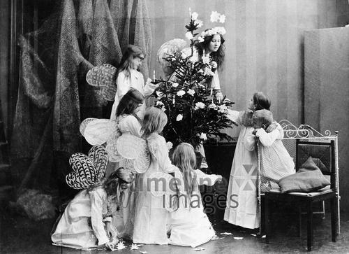 Nostalgische Weihnachtsbilder.Weihnachtsbilder Kinder Als Engel Verkleidet Fotocommunity