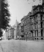 Wohnhäuser in der 5th Avenue in New York, 1914 Timeline Classics/Timeline Images