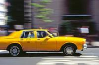 Yellow Cab in voller Fahrt Raigro/Timeline Images