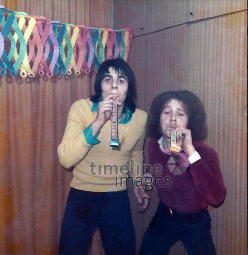 Zwei Freunde im Fasching, 1975 Lissi/Timeline Images