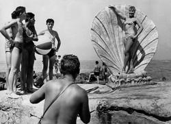 Fototermin am Strand von Viareggio 1958